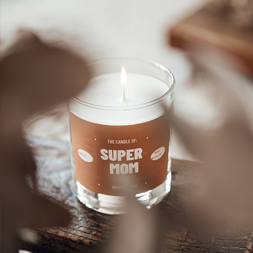 The candle of super mom